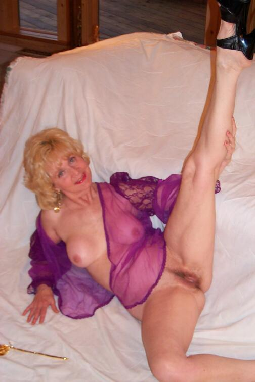 old women in pantyhose sex
