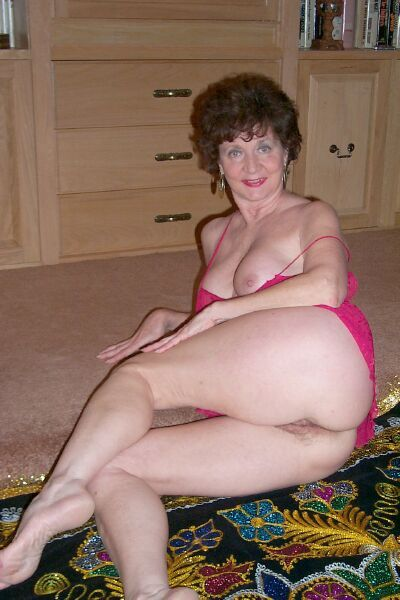 Nude amateur 40 year olds