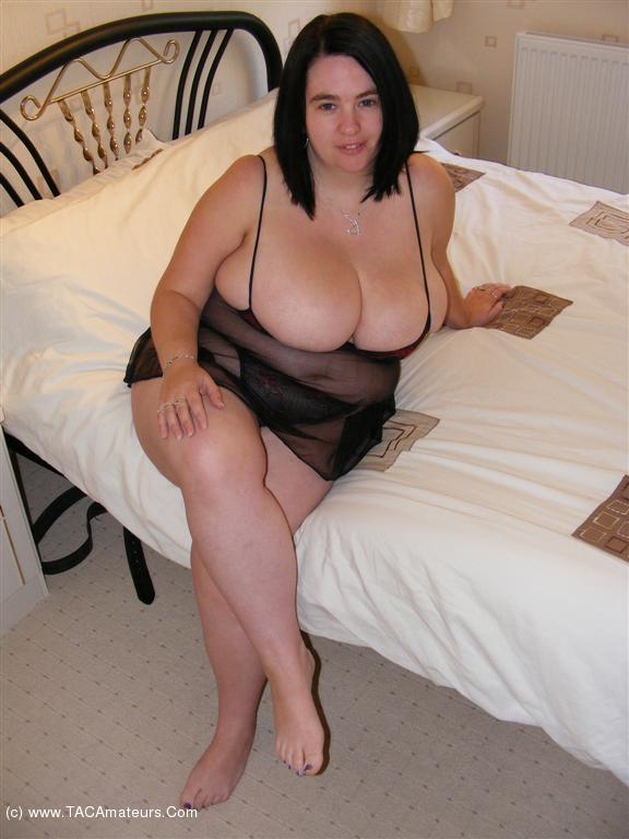 Nude beach women legs open