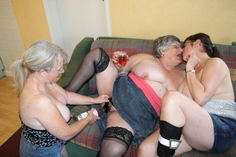 Bbw granny lesbian orgy