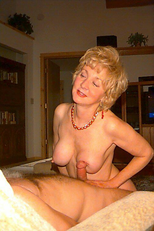 Naked fat blonde pussy women