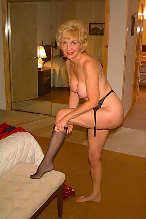 real amature nude granny pics