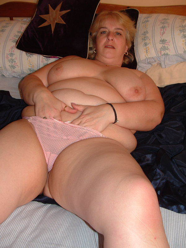 Curvy thick and chubby nude