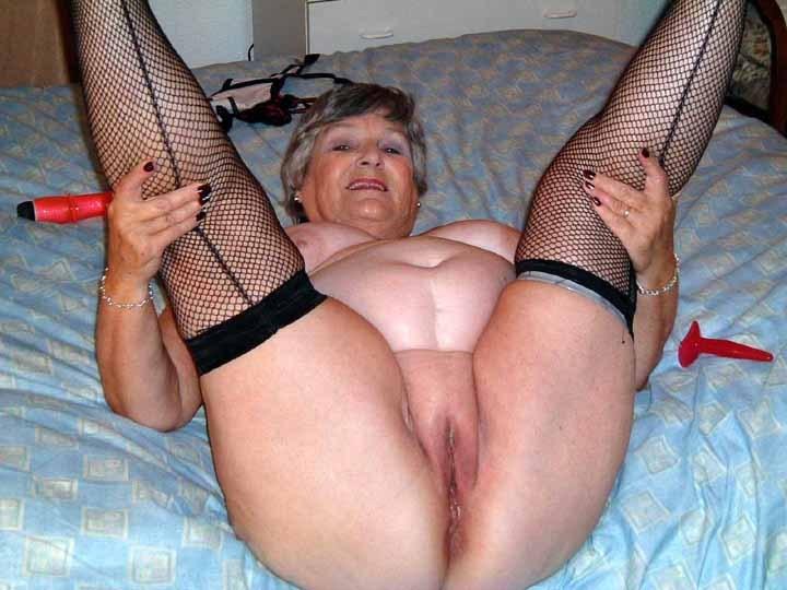 Granny pussy xxx