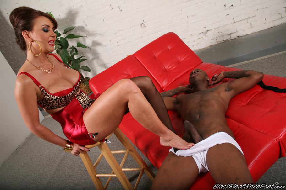 Slave Worship Goddess Feet