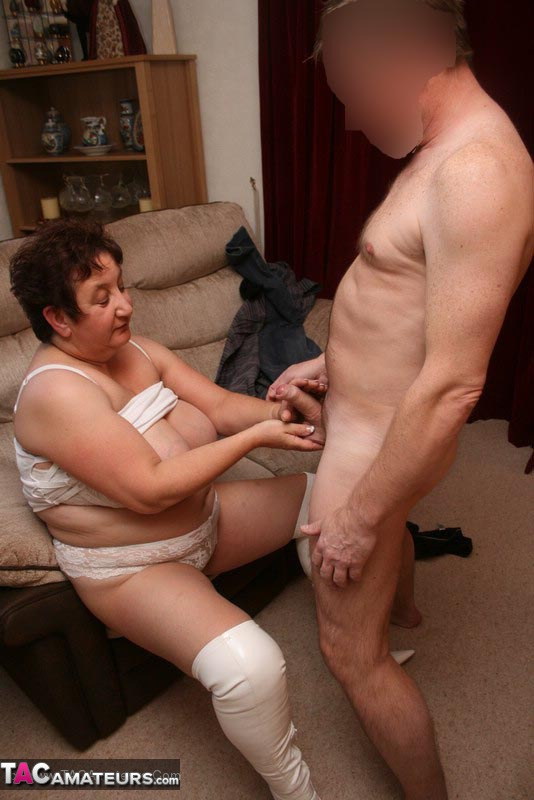 Mature Plomper Lets A Hunk Dude Suck Her Humongous Boobs Before She -9065