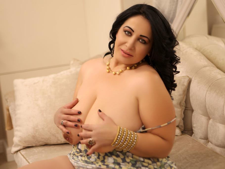 Milf Big Tits Big Pussy