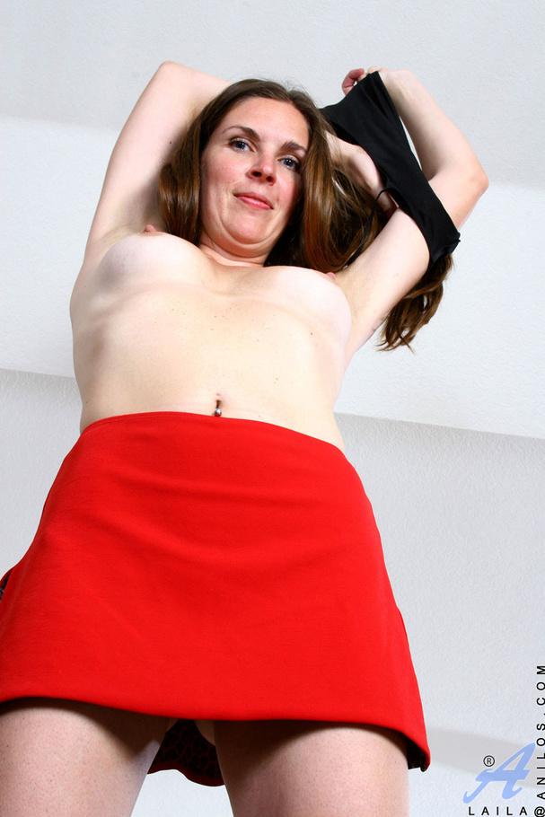 Lesbian strap on pussy dildo