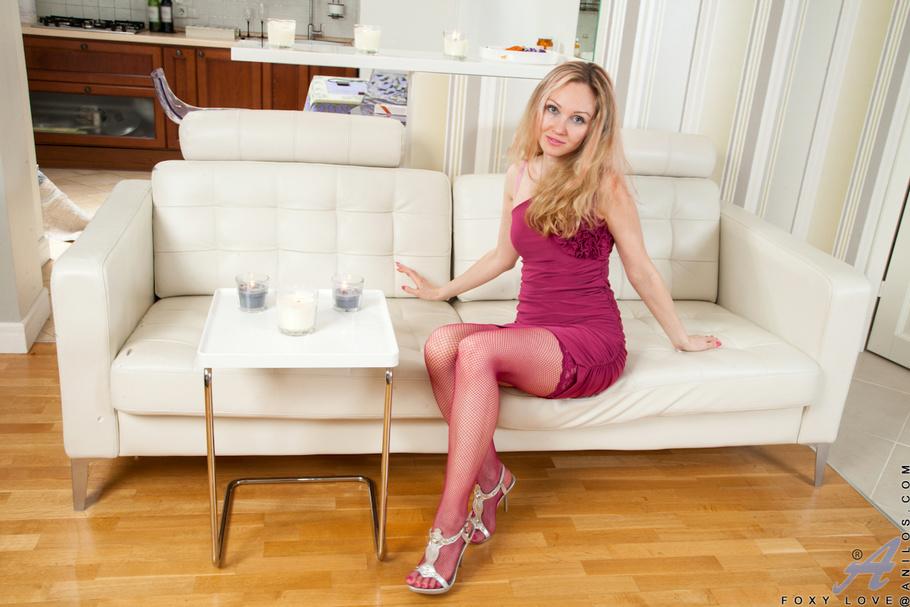 Mature hairy blonde russian