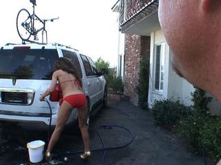slut washing her car