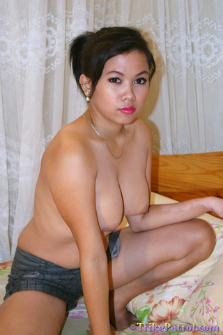 moving rhythm plump asian