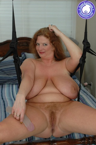horny housewife getting naughty