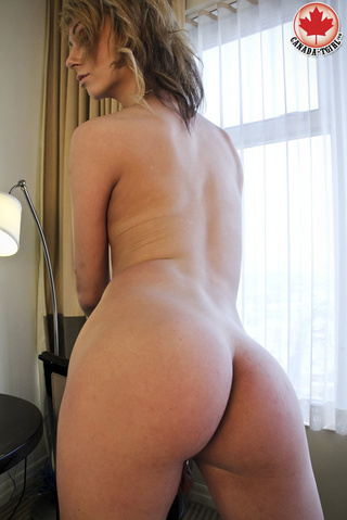 lovely blonde t-girl sexy