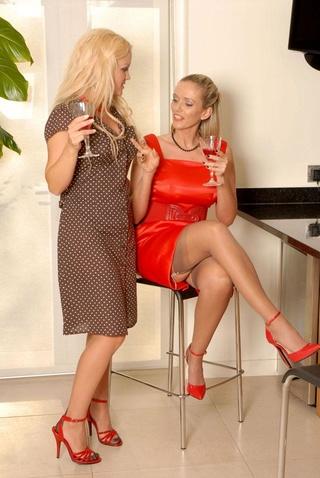 Blonde british star porn