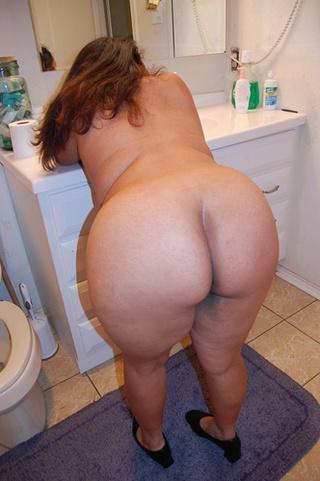 chubby swarthy mom enjoys