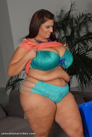 pretty red fatty blue