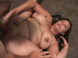 busty fat mom ass