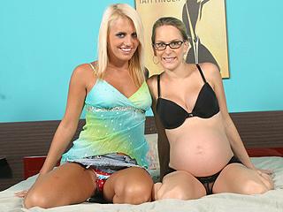 pregnant mom black lingerie