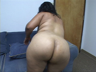swarthy plump latina mom