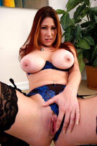 sexy redhead nice tits