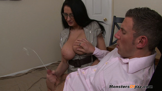 bella massive load spurted