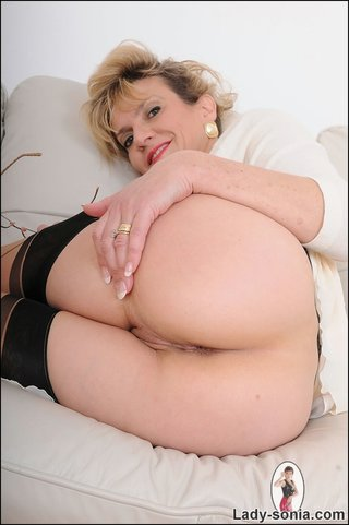 virginal white beautiful milf