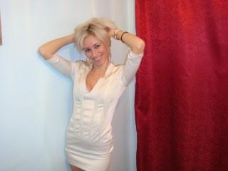 blonde demy perform dancing