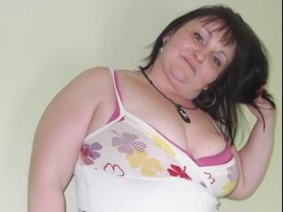 38 yo, mature live sex, shoulder length hair, white