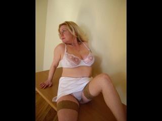 brunette olga perform anal