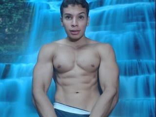 19 yo, gay live sex, muscular, short hair