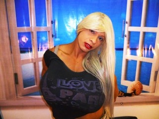 blonde porn star perform