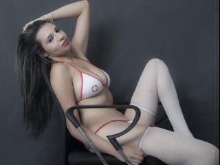 brunette gianetti perform anal