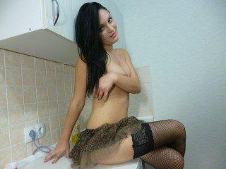 18 yo, girl live sex, long hair, white