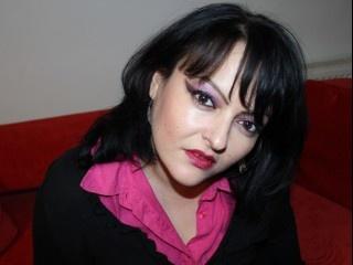 30 yo, girl live sex, shoulder length hair, white