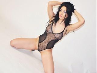 brunette salma perform anal