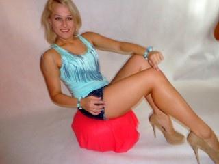 blonde julia24