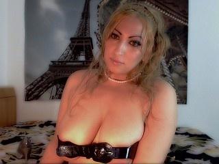 blonde hornysugarcane perform anal