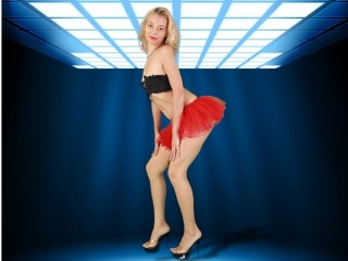 blonde olesya perform anal