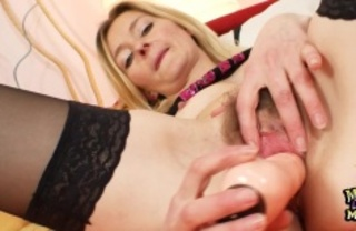 sweet blonde mom shows