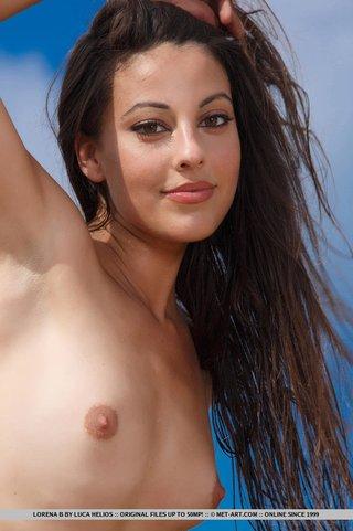 super hot island girl