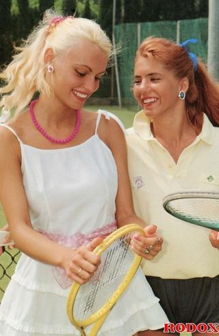 sporty retro outdoor babes