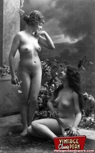 vintage lesbian nude chicks