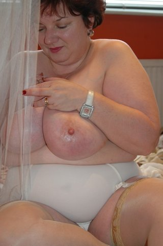 amateur, bbw, striptease, united kingdom