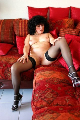 milf cougar german isabel