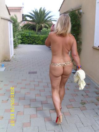 cougar milf nude chrissy