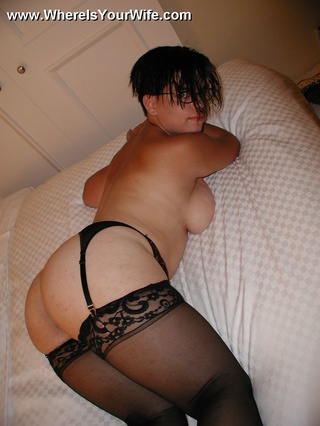 jóvenes latino housewife sexy