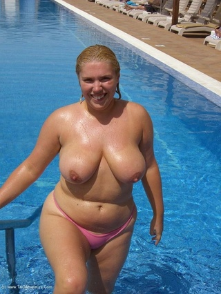 exhibitionist bikini barby from