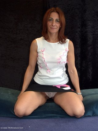 amateur, cougar, striptease, united kingdom