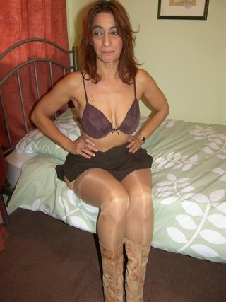 amateur, cougar, panties, united kingdom