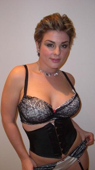 brunette isabel lara latex
